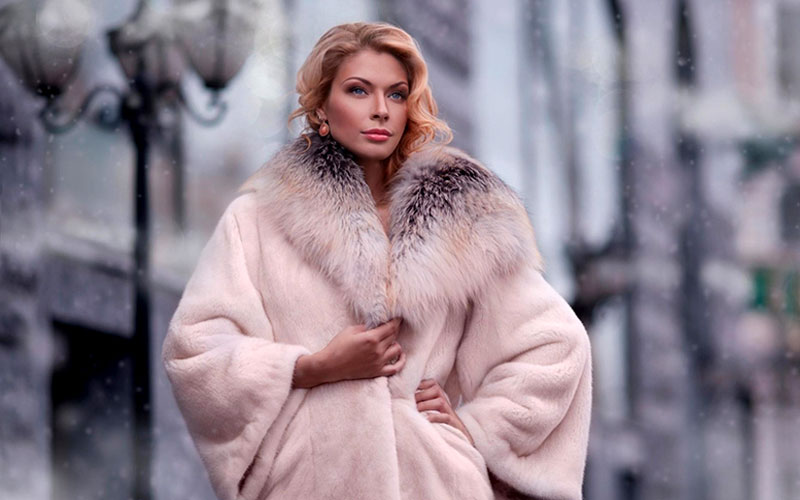A wide choice of fur coats at Planeta Mexa